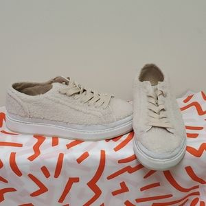 ZARA Blush Fuzzy Platform Sneakers